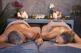 Couples massage its a wonderful relaxing personal experience for partners. During this session the two partners receive massages at the same time and in the same room. This is not always the case as some couples prefer one therapist to attend to them both one at a time as the other one watches which can be a very intimate and casual session.